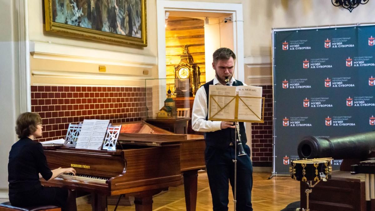 Отчетный концерт духового отдела в музее А.В. Суворова