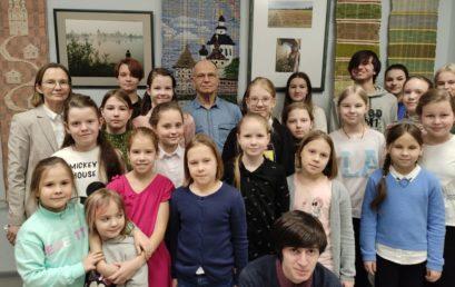 Персональные выставки преподавателей Аверьяновой Е.Б. и Македонского А.М.